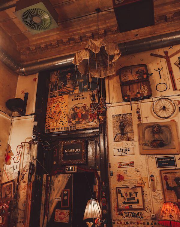 Csendes Vintage Bar & Cafe Budapest